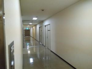 四日市市文化会館 第1、第2、第3練習室、そして1リハへ続く廊下
